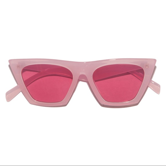 Accessories - Retro 60s Pink on Pink Catfarer Sunglasses